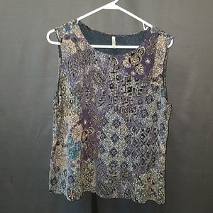 3 for $12- XL White Stag Printed Blouse